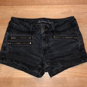 Trendy zipper jean shorts